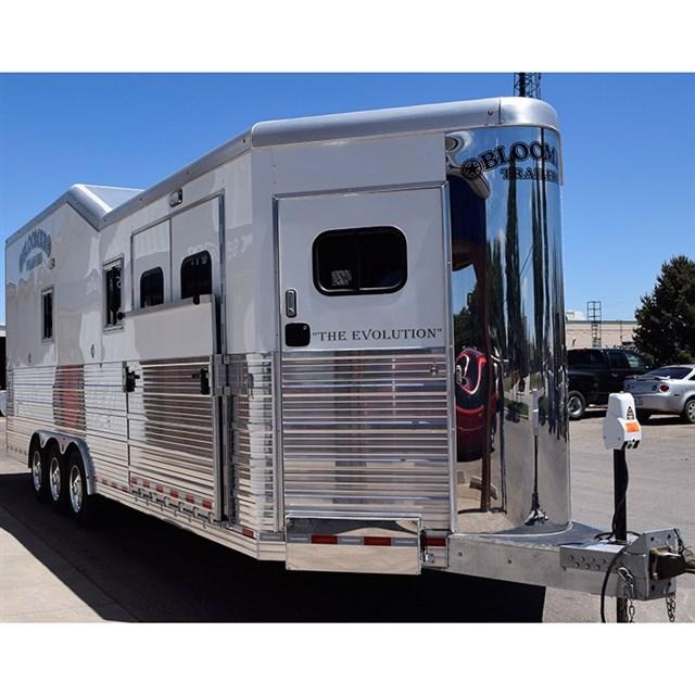 2015 Bloomer Trailers 3 Horse Bloomer Car Hauler